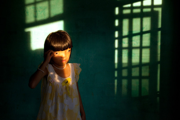 UNICEF 1st Prize 2010 Ed Kashi's Agent Orange