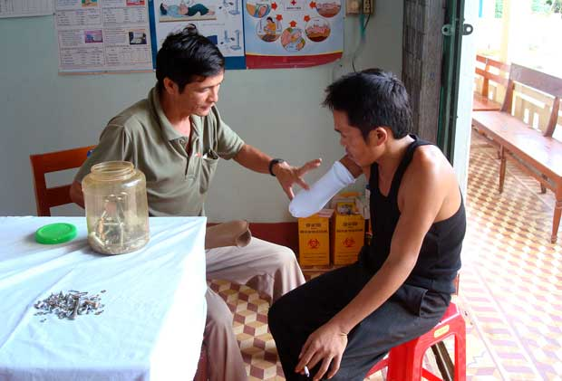 VFP VietNam 2014 Tour: 3 Travel To Khe Sanh